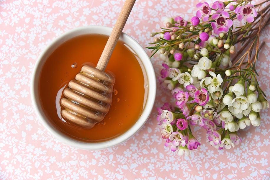 أهم النقاط المتعلقة ب شراء عسل مانوكا الاصلي - تيجان قولد